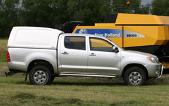 New Ridgeback range of hardtops has been designed for fleets and commercial vehicle operators requiring large volume hardtop for their pick-ups but without the additional height that usually accompanies such a design.