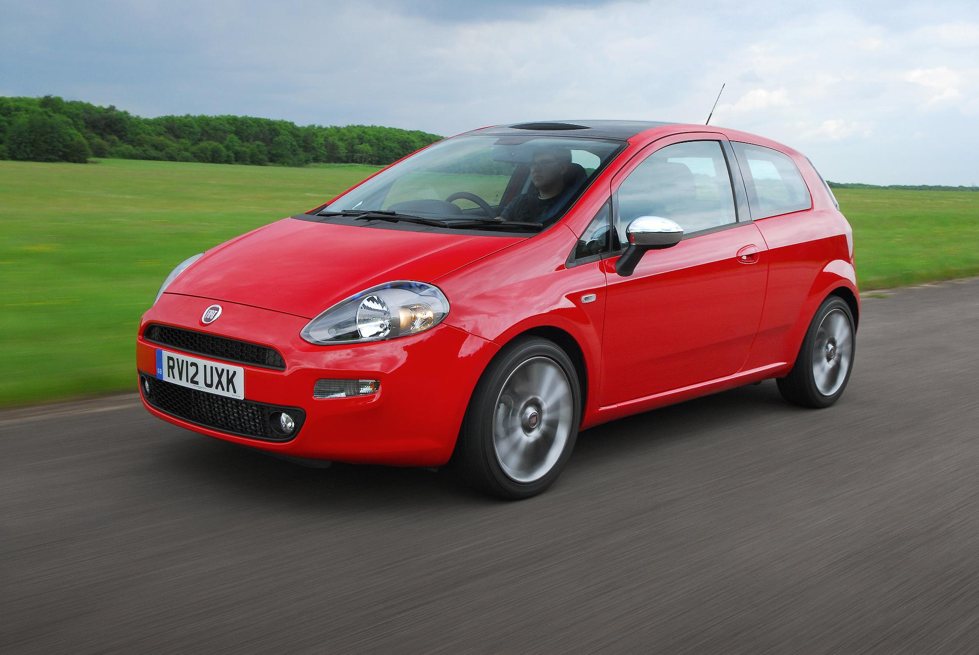 Fiat Punto MY12 action