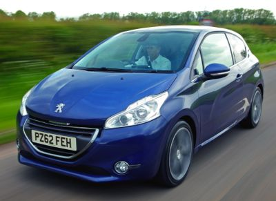 peugeot 208 is the business for uk and europe business car manager. Black Bedroom Furniture Sets. Home Design Ideas
