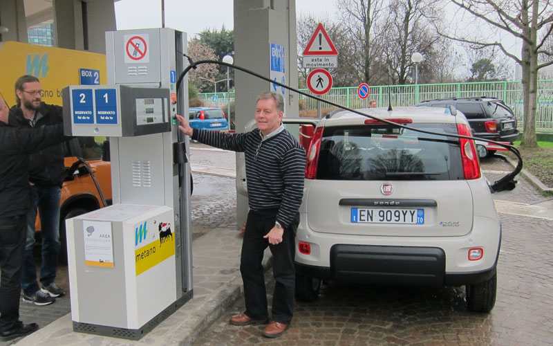 CNG fill-up
