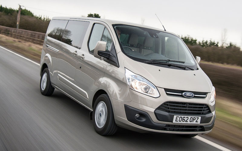 Ford Tourneo Custom Car Review Carry 8 In Perfect
