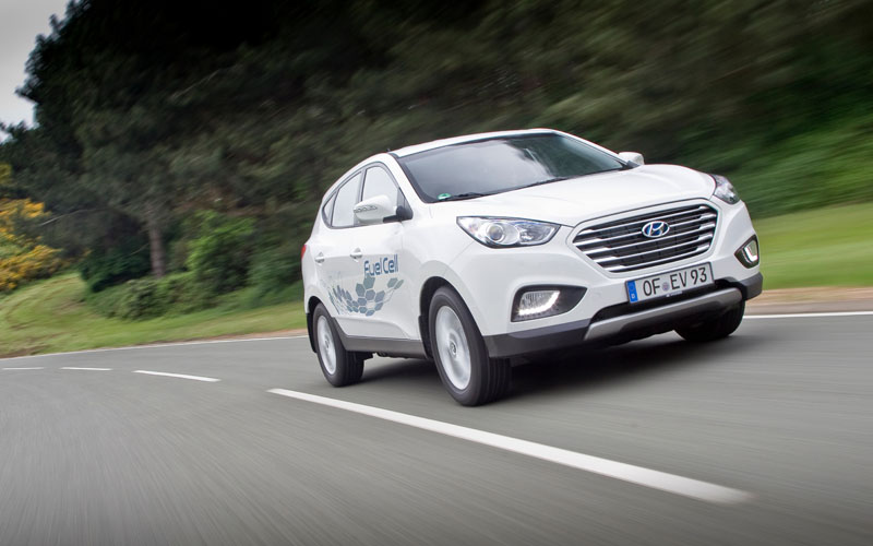 744_Hyundai_ix35fuelcell_action