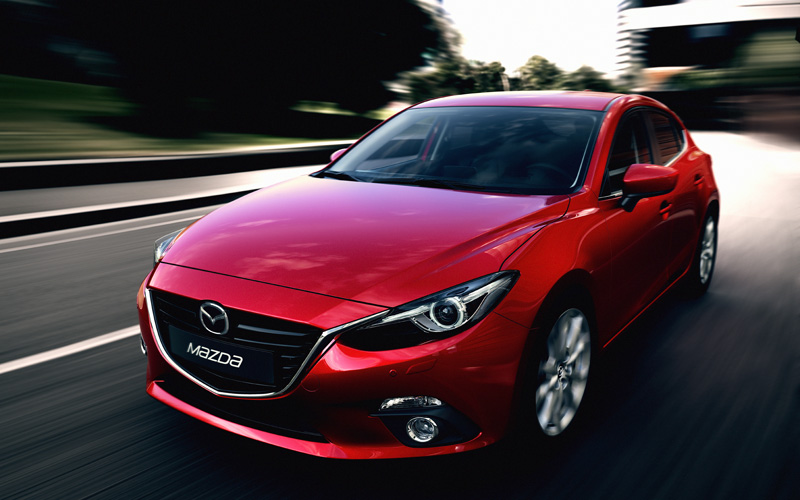 656_the_all new_Mazda3_hatchback_front_action