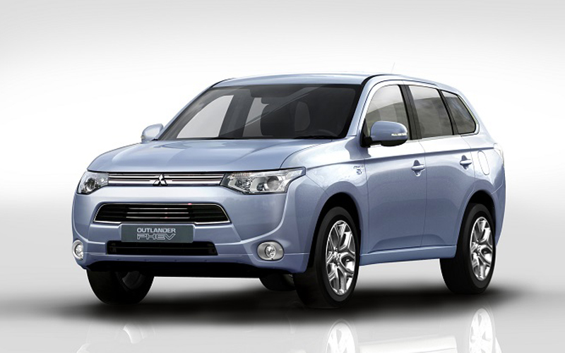Mitsubishi Outlander plug in hybrid escapes London Congestion Charge