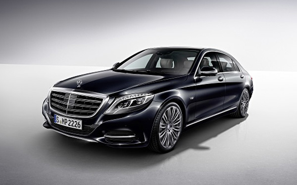 1314_Mercedes_S600_detroit_launch