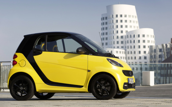 Smart_fortwo_cityflame_coupe_review