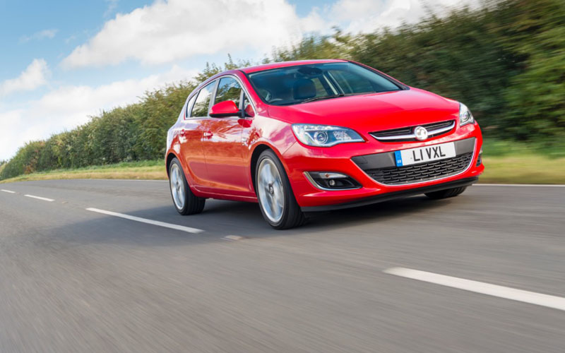 Vauxhall Astra TechLine action picture
