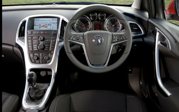 Vauxhall_Astra_TechLine_review