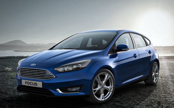The re-styled Focus gets the same Aston inspired grille as the Fiesta (the new Mondeo will follow the same pattern later this year)