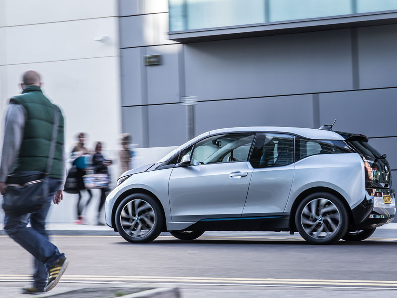 1408_The_new_BMW_i3_BMW_48260