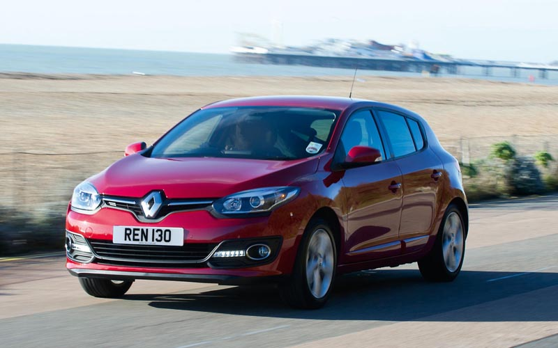 696_Renault_Megane_Hatch_review_action2