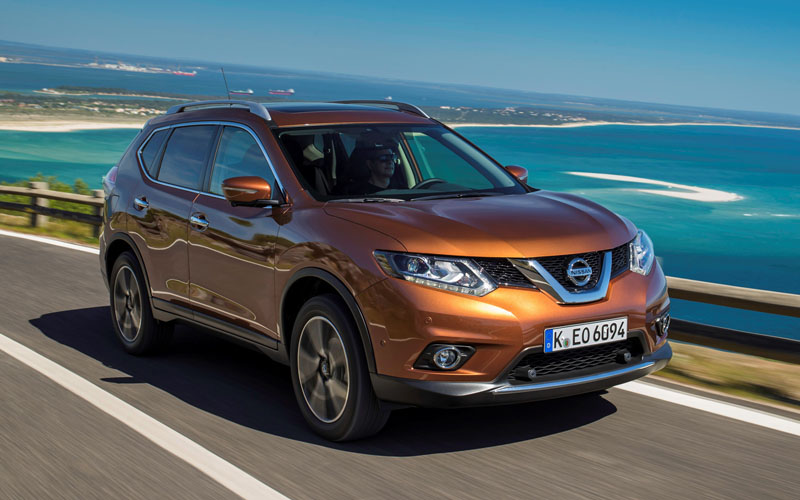 717_Nissan_X Trail_review_action