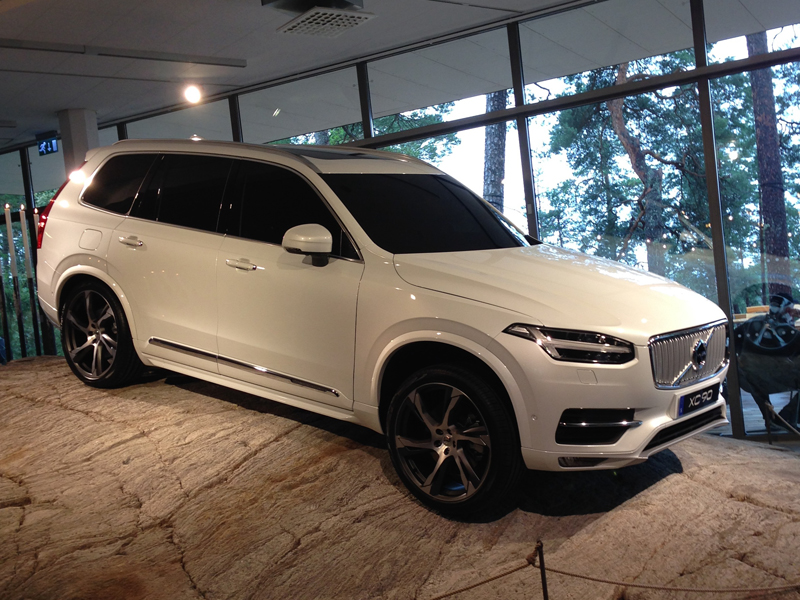 new volvo xc90 six vital facts business car manager. Black Bedroom Furniture Sets. Home Design Ideas