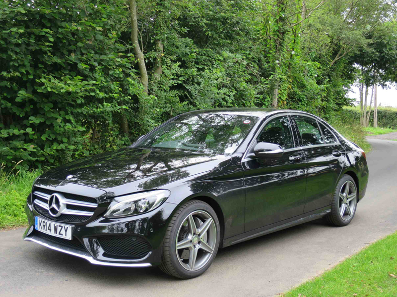 mercedes benz c250 saloon review business car manager. Black Bedroom Furniture Sets. Home Design Ideas