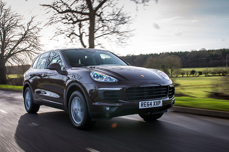 porsche cayenne diesel review new facelift makes you want. Black Bedroom Furniture Sets. Home Design Ideas