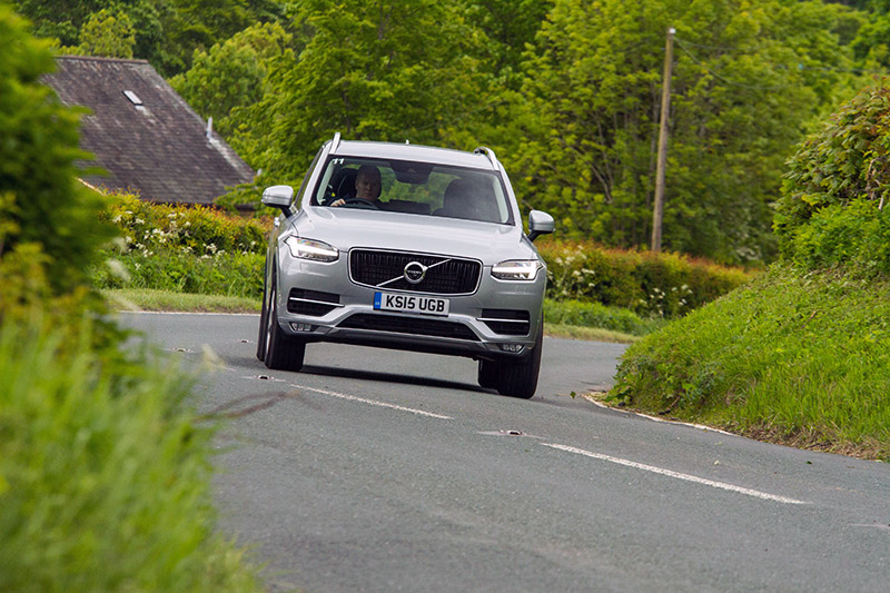 Volvo XC90 2.0 D5 AWD Momentum review