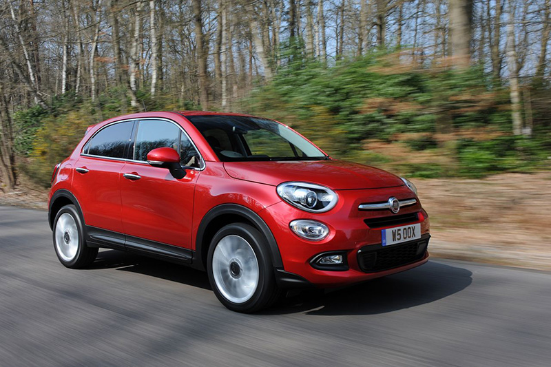 fiat 500x 1 6 multijet 120 pop star review chic new member of the crossover class. Black Bedroom Furniture Sets. Home Design Ideas