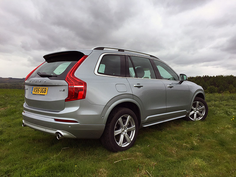 volvo xc90 2 0 d5 awd momentum review more of the premium less of the running costs. Black Bedroom Furniture Sets. Home Design Ideas