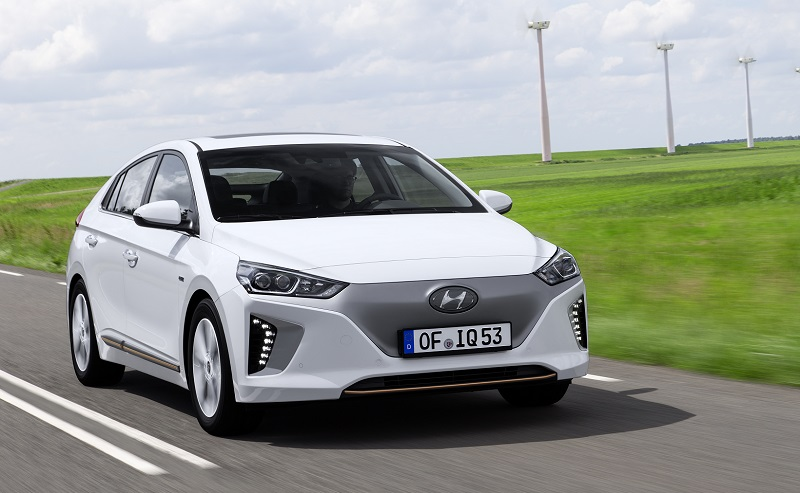 hyundai ioniq electric review business car manager. Black Bedroom Furniture Sets. Home Design Ideas