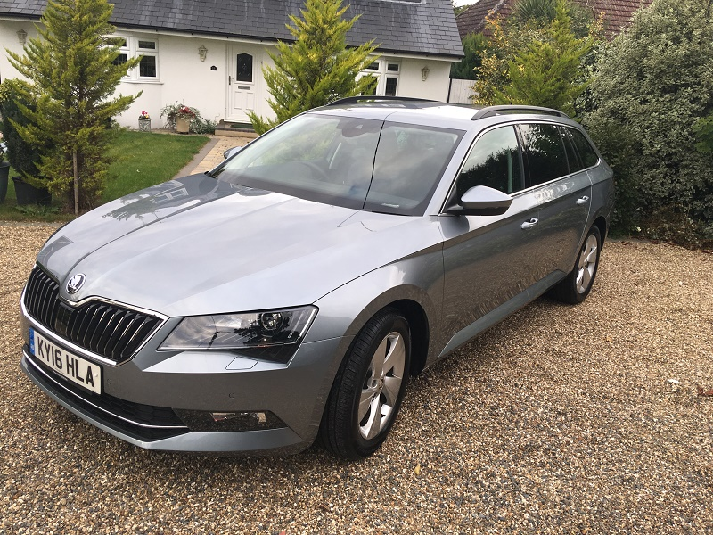 skoda superb se business estate excels business car manager. Black Bedroom Furniture Sets. Home Design Ideas
