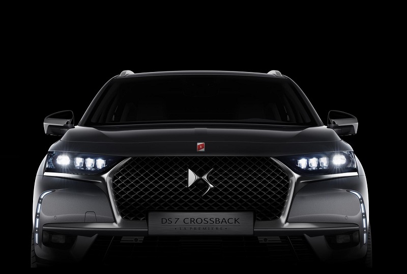 DS7 Crossback La Premiere model