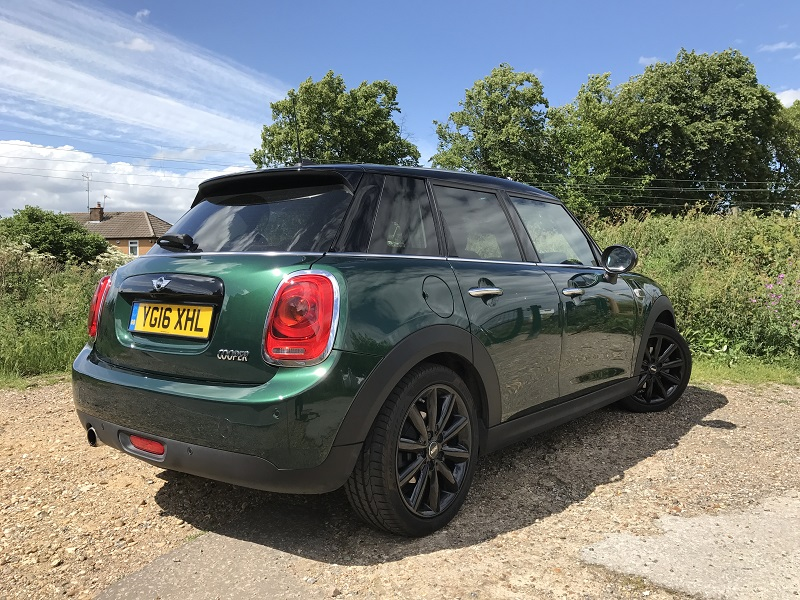 MINI Cooper 1.5 five-door