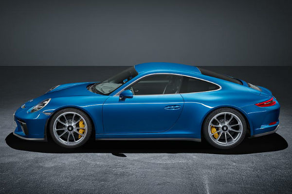 Porsche 911 GT3 with Touring Pack side profile