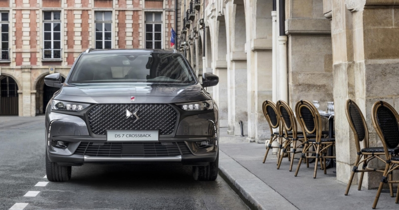 new ds 7 crossback premium suv with parisian style business car manager. Black Bedroom Furniture Sets. Home Design Ideas