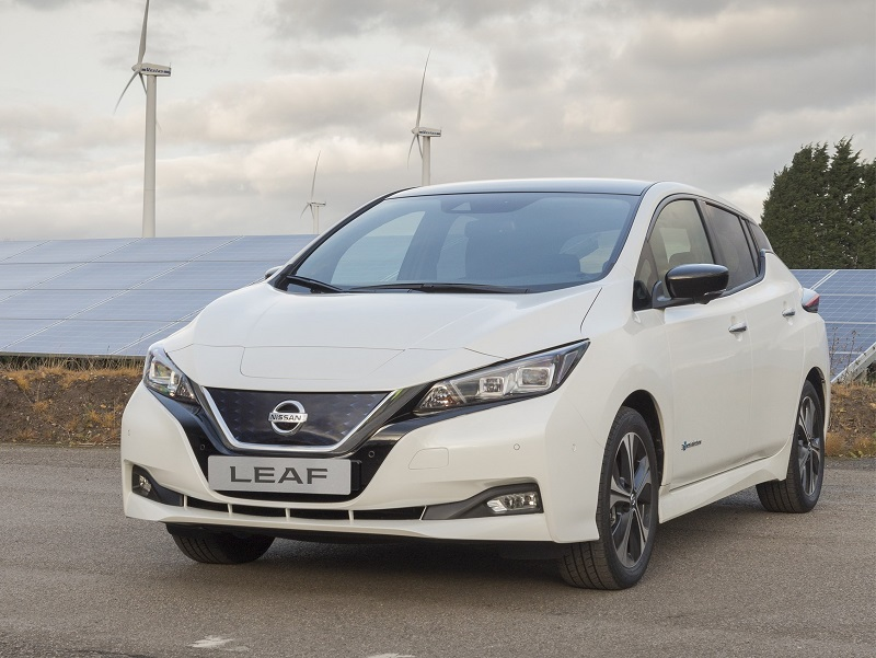 nissan leaf personal car leasing contract hire and leasing autos post. Black Bedroom Furniture Sets. Home Design Ideas