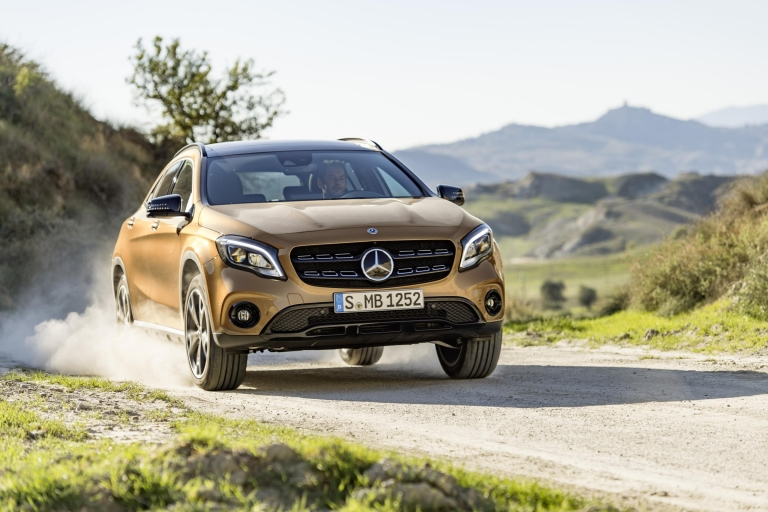 Mercedes-Benz GLA 220d 5 Door 2.1 AMG Line Auto 4MATIC