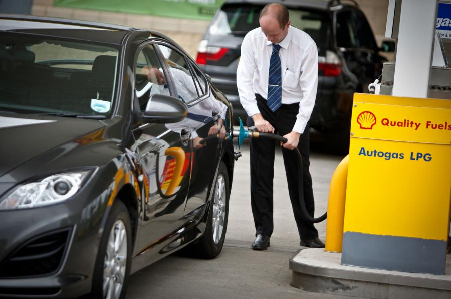 Refuelling with LPG