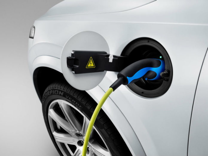 150060 the all new volvo xc90 charging