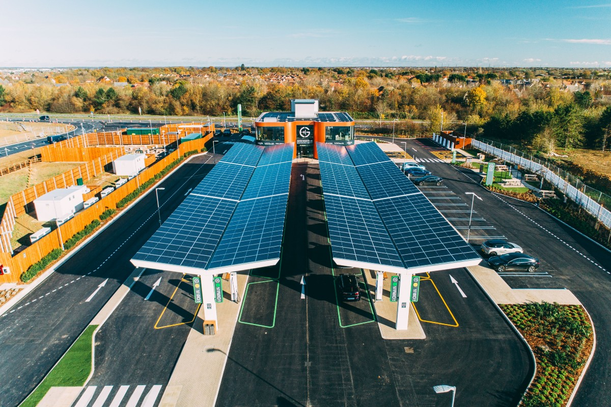 gridserveopensuksfirstelectricforecourt® aerialview 1